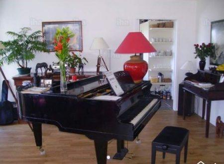 Portare un pianoforte al decimo piano